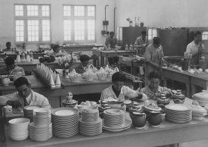Artesãos em meados dos anos 40 (arq. priv)